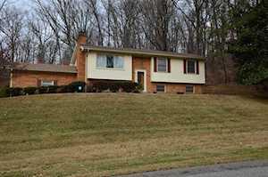 6304 Oak Valley Dr Louisville, KY 40214