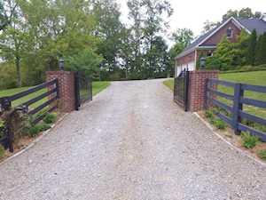 7424 Echo Trail Louisville, KY 40299