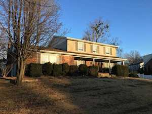 7209 Blazier Ct Spring Mill, KY 40228