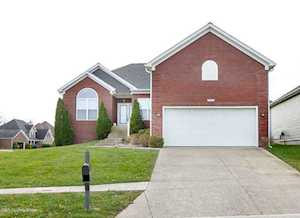 4900 Flora Springs Cir Louisville, KY 40299