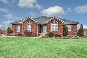 36 Maggie Ct Taylorsville, KY 40071