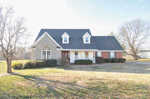 902 Autumn Ave Bardstown, KY 40004
