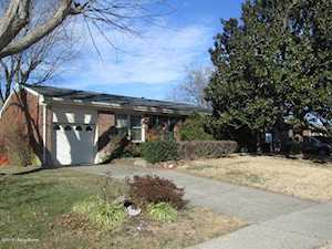 3924 Layside Dr Louisville, KY 40220