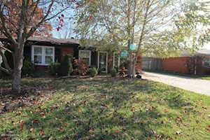 5711 Elmer Ln Louisville, KY 40214