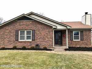 1621 Crossridge Ln Louisville, KY 40222
