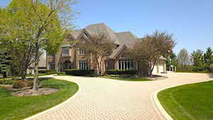 400 Boulder Drive Lake In The Hills, IL 60156