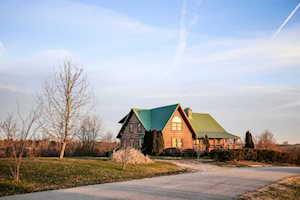 1133 E Canoe Creek Road Lancaster, KY 40444