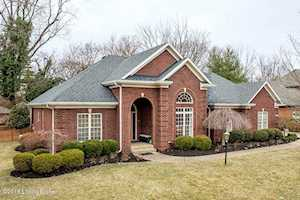 1602 Two Springs Pl Louisville, KY 40207