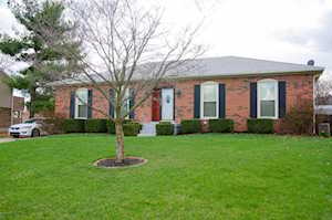 3104 Spring Breeze Ct Louisville, KY 40220