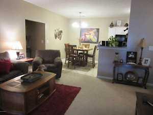 10202 Deer Vista Dr Louisville, KY 40291