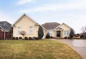 511 Gablewood Cir Louisville, KY 40245