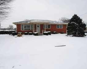 4201 Estate Dr Louisville, KY 40216