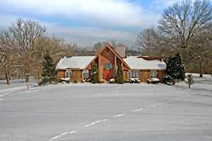 6711 Briar Hill Rd Crestwood, KY 40014