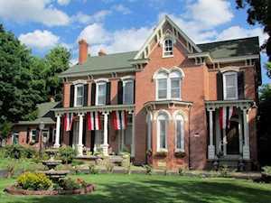 1626 Dewey St New Albany, IN 47150