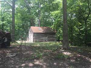 8 Twin Oaks Dr Mammoth Cave, KY 42259