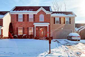 9138 River Trail Dr Louisville, KY 40229