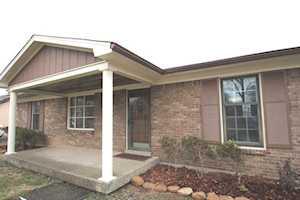 7102 Glendale Rd Louisville, KY 40291