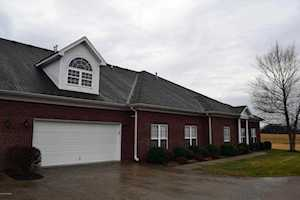 53 Fairway Crossing Dr Shelbyville, KY 40065