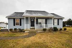 28 Kimberly Ct Taylorsville, KY 40071