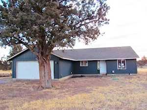 25261 Elk Lane Bend, OR 97701