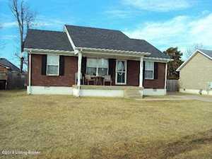 388 Drake Dr Shepherdsville, KY 40165