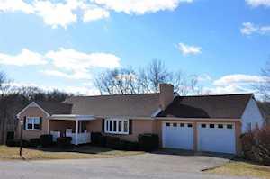 672 Hillcrest Rd Maysville, KY 41056