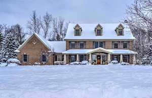 2709 Twixwood South Bend, IN 46614