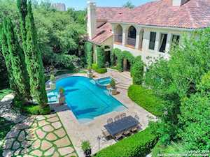 810 Garraty Hill San Antonio, TX 78209