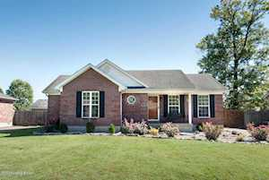 316 Tara Cir Shepherdsville, KY 40165