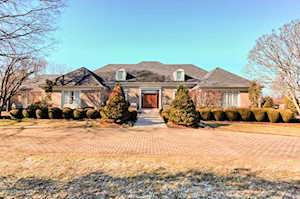 8903 Cromwell Hill Rd Louisville, KY 40222