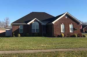 618 Shady Brook Ln Louisville, KY 40229