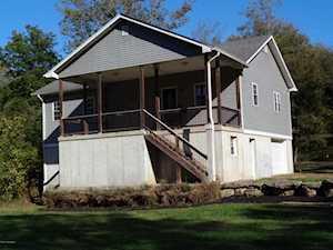 1820 Huckleberry Ln Louisville, KY 40059
