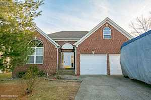 7106 Ridge Farm Ct Louisville, KY 40291