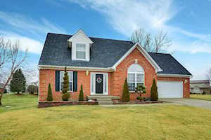 6800 Lindsey Wade Ct Louisville, KY 40229