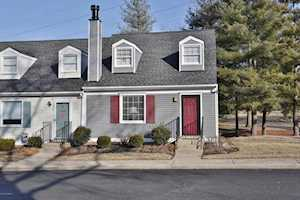 10793 Colonial Woods Ct Louisville, KY 40223