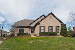 2419 Galloway Ct Louisville, KY 40245