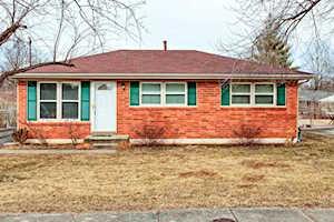 6303 Price Ln Louisville, KY 40229