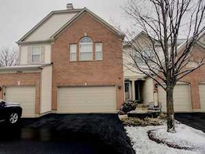 2866 Stonewater Dr Naperville, IL 60564
