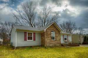 7817 Rochelle Rd Louisville, KY 40228