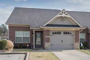 3914 Saint Edwards Dr Jeffersontown, KY 40299