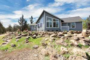 21175 Gift Road Bend, OR 97703