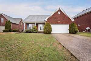 4205 Stonemeadow Ct Louisville, KY 40218