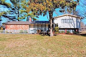 1709 Lynn Way Louisville, KY 40222