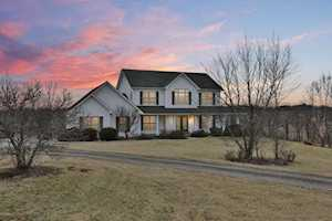 725 Aiken Rd Shelbyville, KY 40065