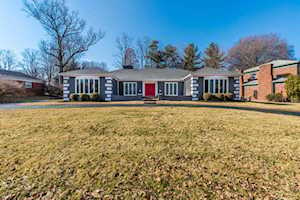 6402 Deep Creek Dr Prospect, KY 40059