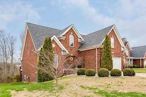 8611 Sanctuary Ln Louisville, KY 40291