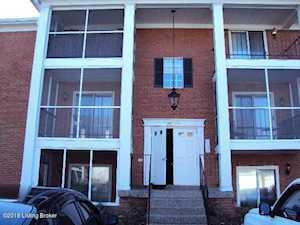 211 Donard Park Ave Louisville, KY 40218