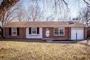 12218 Crosswinds Dr Louisville, KY 40243