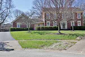 10402 Croswell Trace Louisville, KY 40223