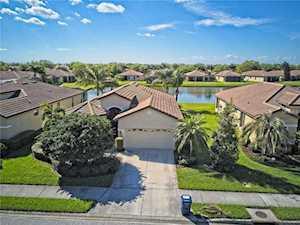 4247 Mackay Falls Terrace Sarasota, FL 34243